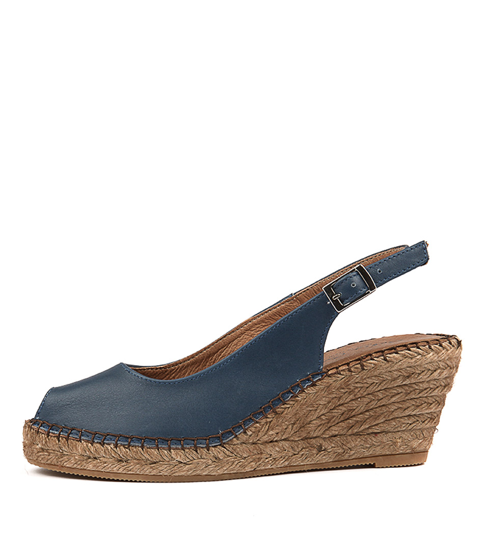 Sofia Cruz Ana 11 Sc Jeans (Deep Blue) Casual Heeled Sandals