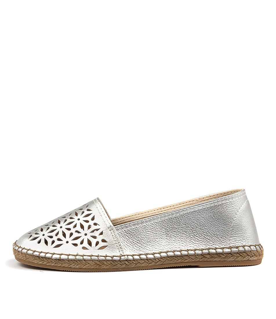 Sofia Cruz Dama Sc Plata (Silver) Flat Shoes