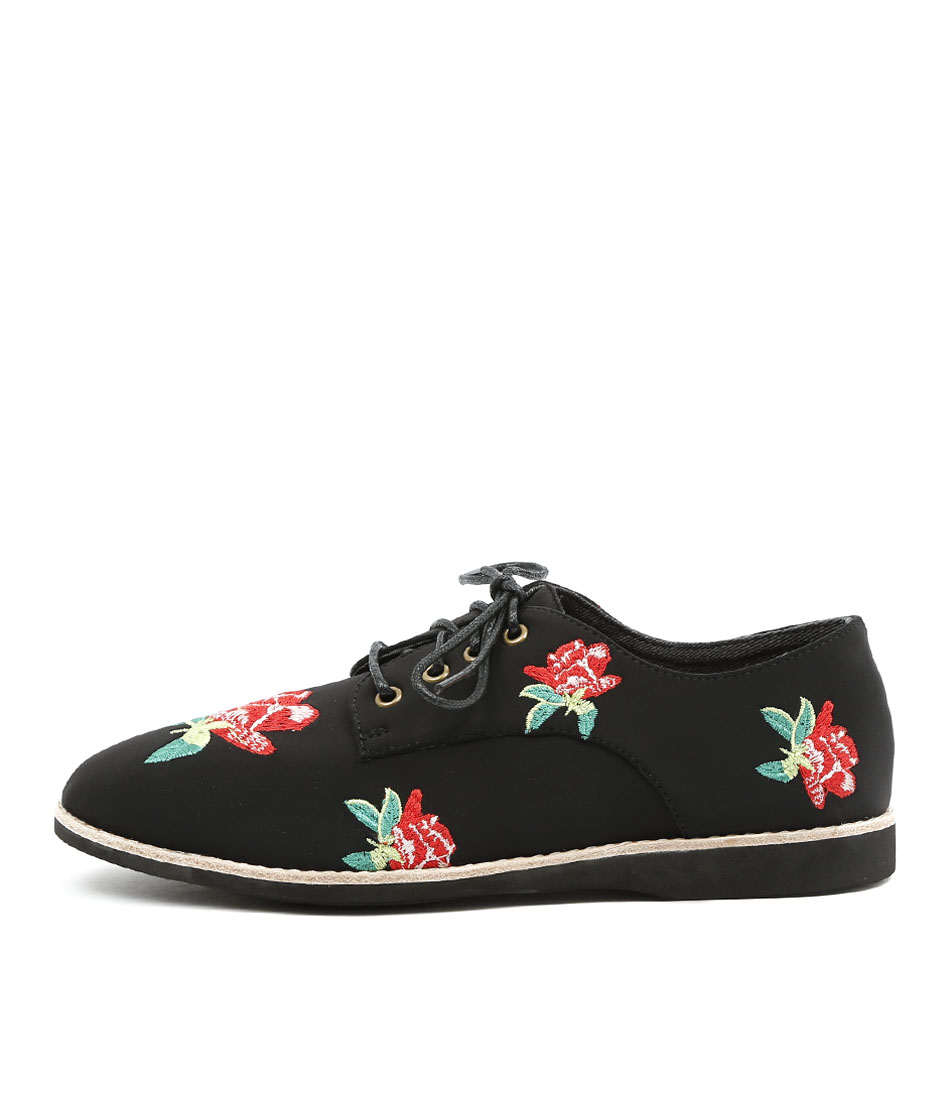 Silent D Naja Black Red Embroidery Flat Shoes