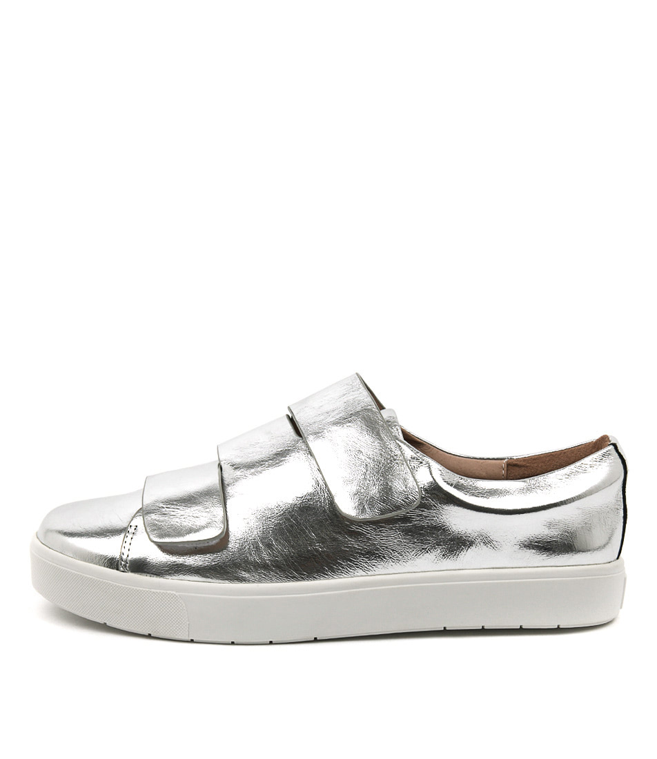 Silent D Verges Silver Flat Shoes