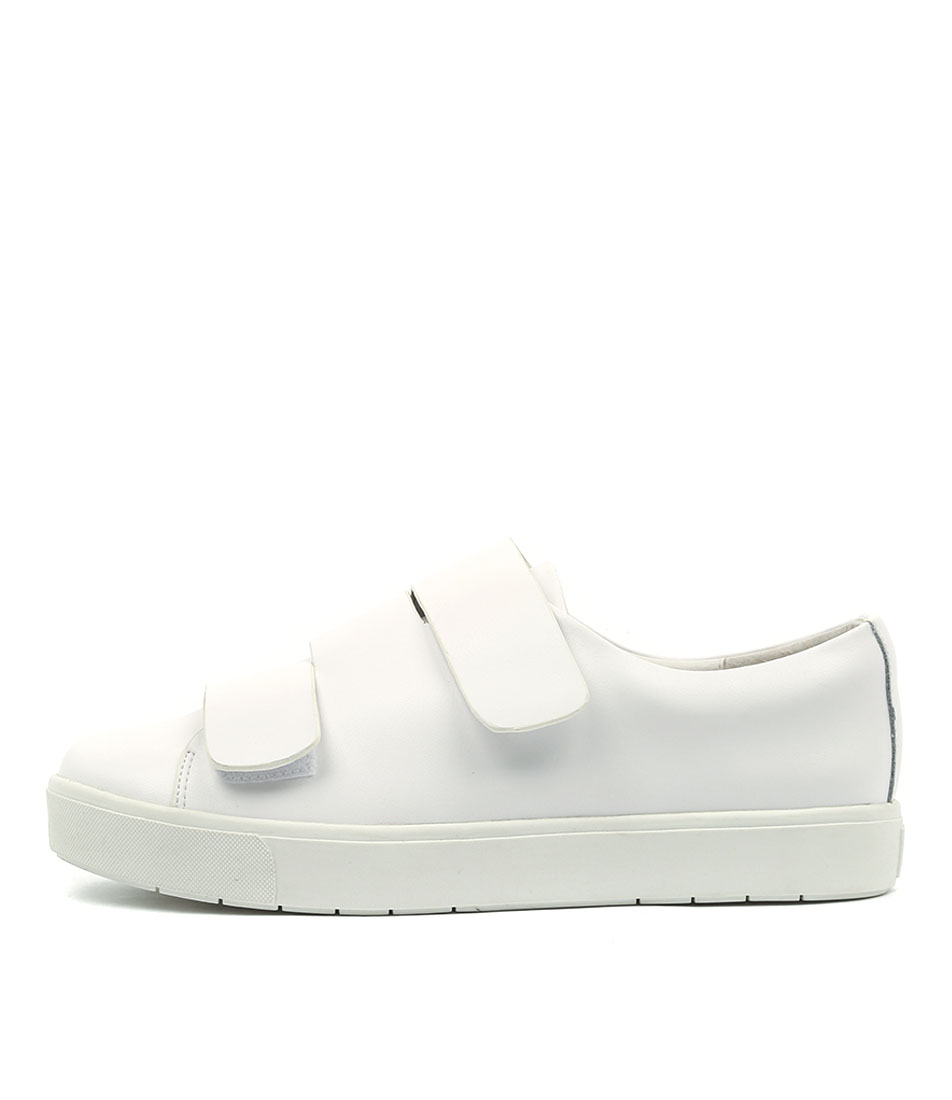 Silent D Verges White Flat Shoes
