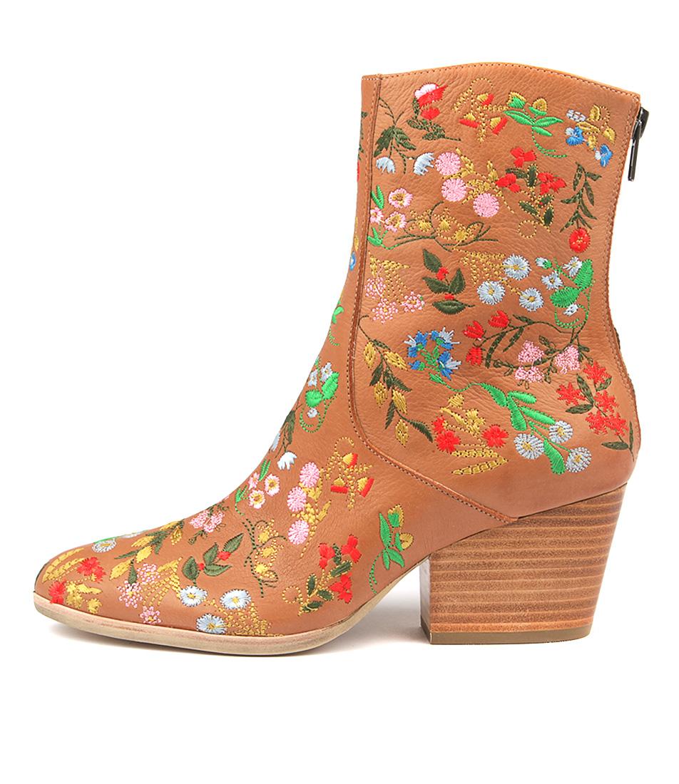 Silent D Arigo Dk Tan Bright Ankle Boots