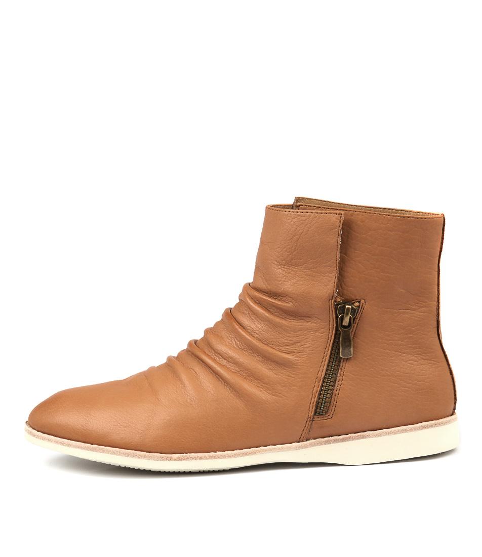 Silent D Neogen Tan Ankle Boots
