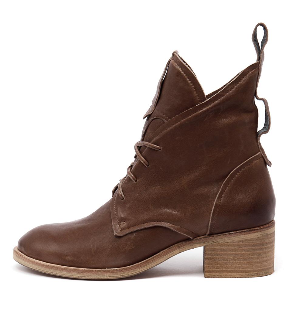 Silent D Balas Cognac Ankle Boots
