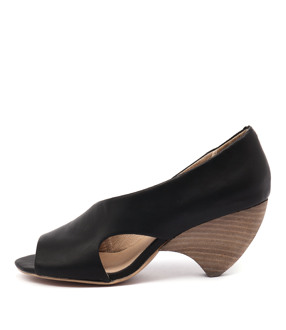 Silent D Ababy Black Casual Heeled Shoes