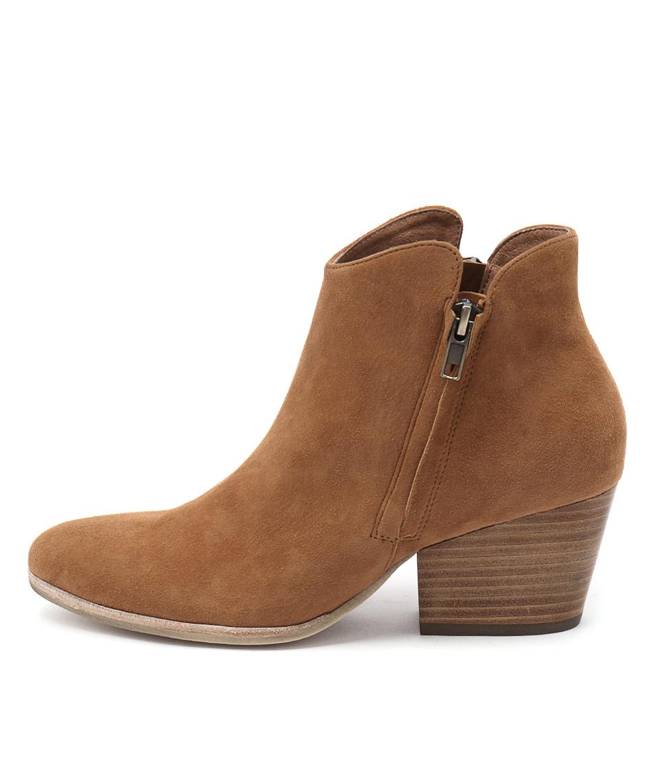 Silent D Agabi Lt Tan Ankle Boots