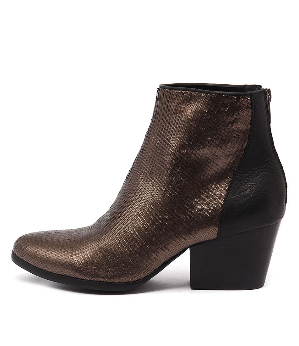 Silent D Arrive Bronze Black Ankle Boots