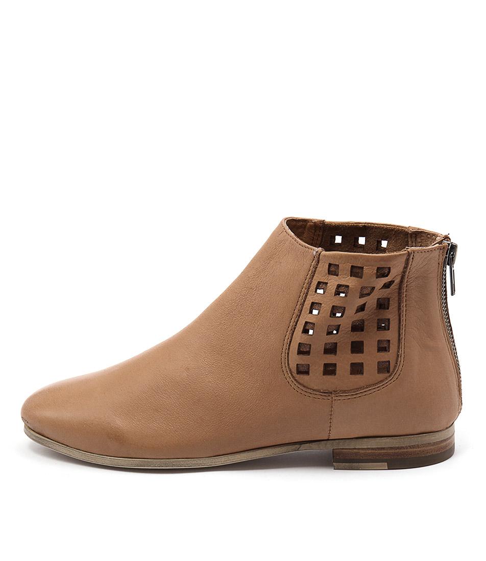 Silent D Clayton Cognac Cognac Ankle Boots