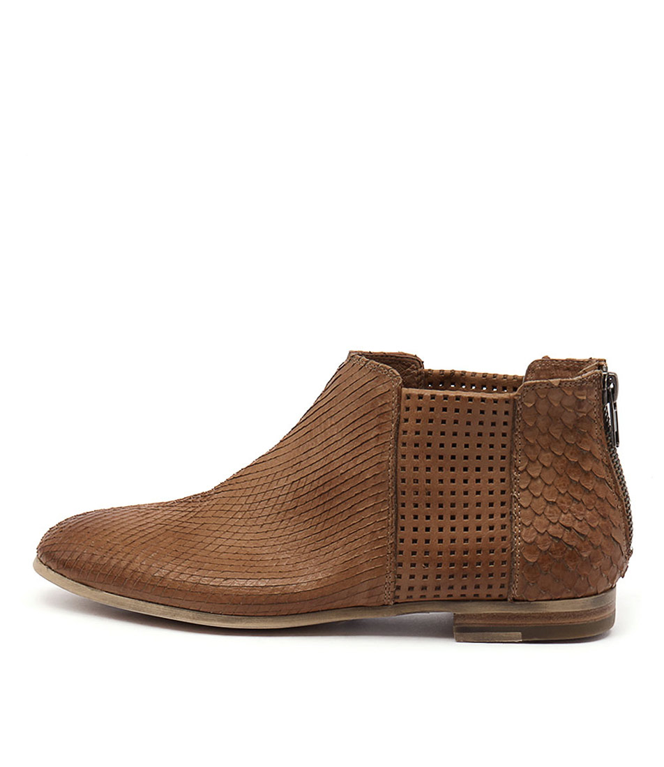 Silent D Consue Cognac Ankle Boots
