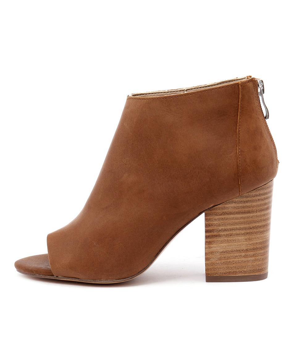 Siren Kool Tan Ankle Boots