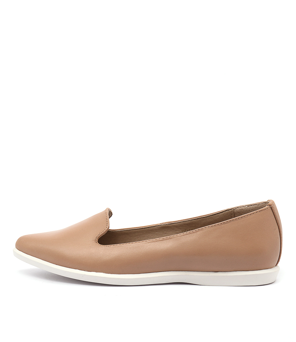 Siren Rocco Camel Casual Flat Shoes