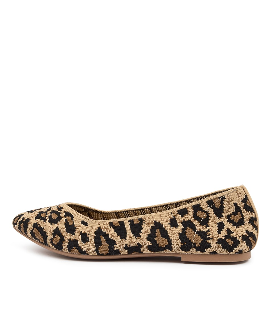 Buy Skechers 44886 Cleo Claw Some Sk Natural Flats online with free shipping