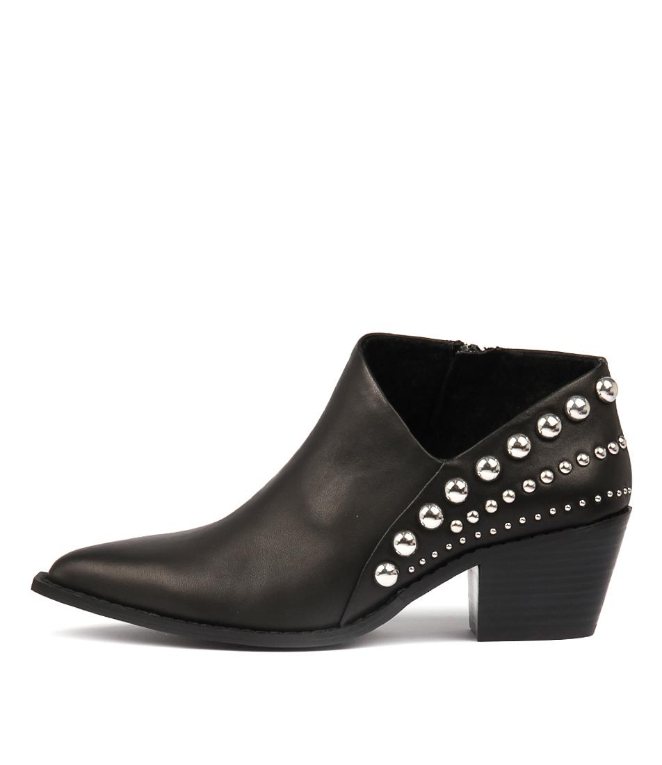 Skin Avila Black Ankle Boots