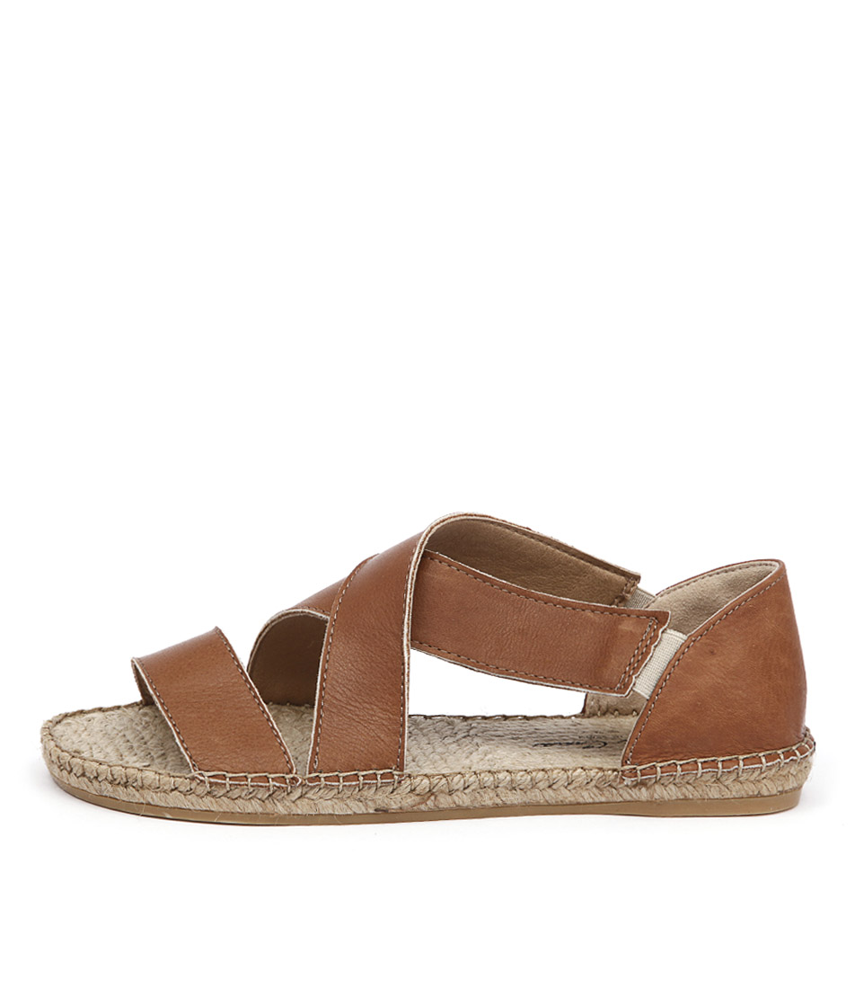 Sofia Cruz Playa 16 Sc Cuero Sandals