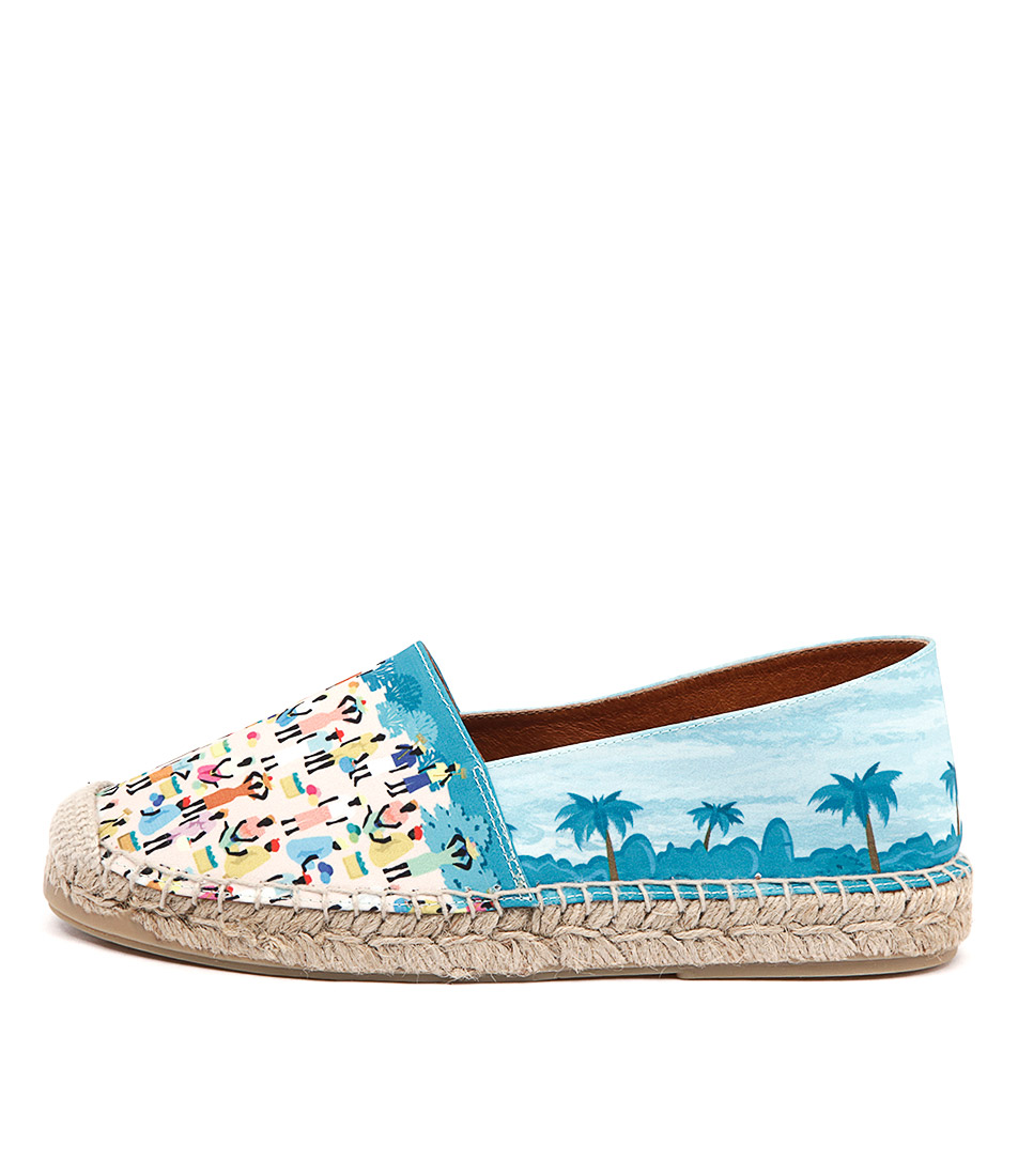 Sofia Cruz Senegal Beach Flat Shoes