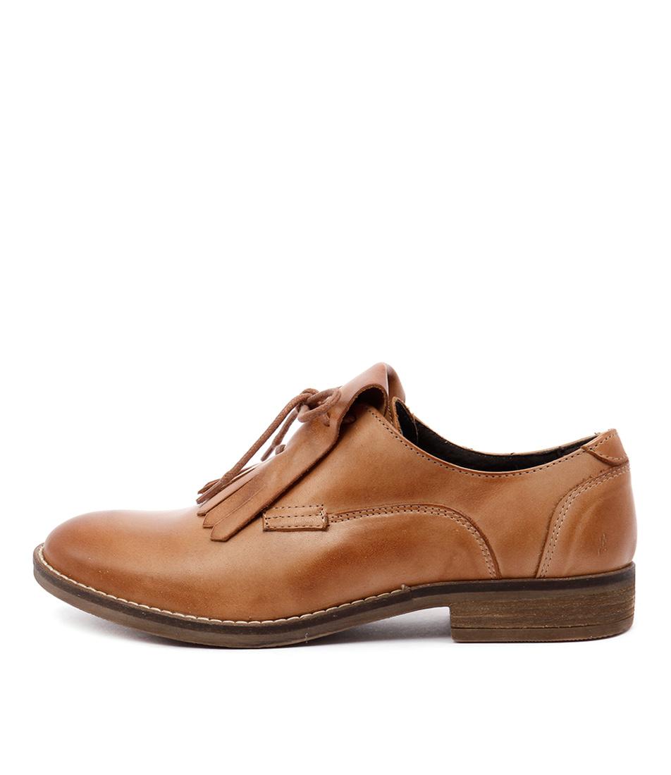 Sofia Cruz Penelope Sc Cognac Casual Flat Shoes