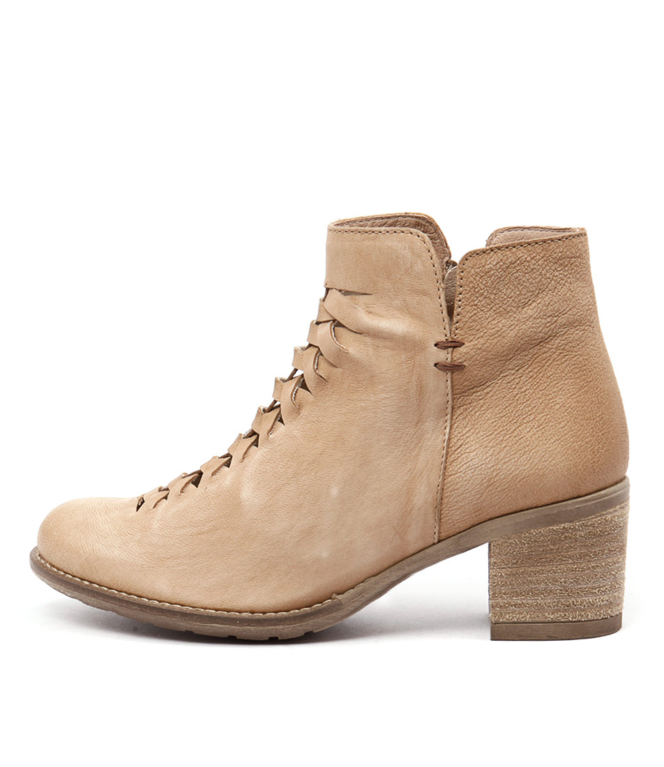 Sofia Cruz Pinto Sc Beige Camel Casual Ankle Boots