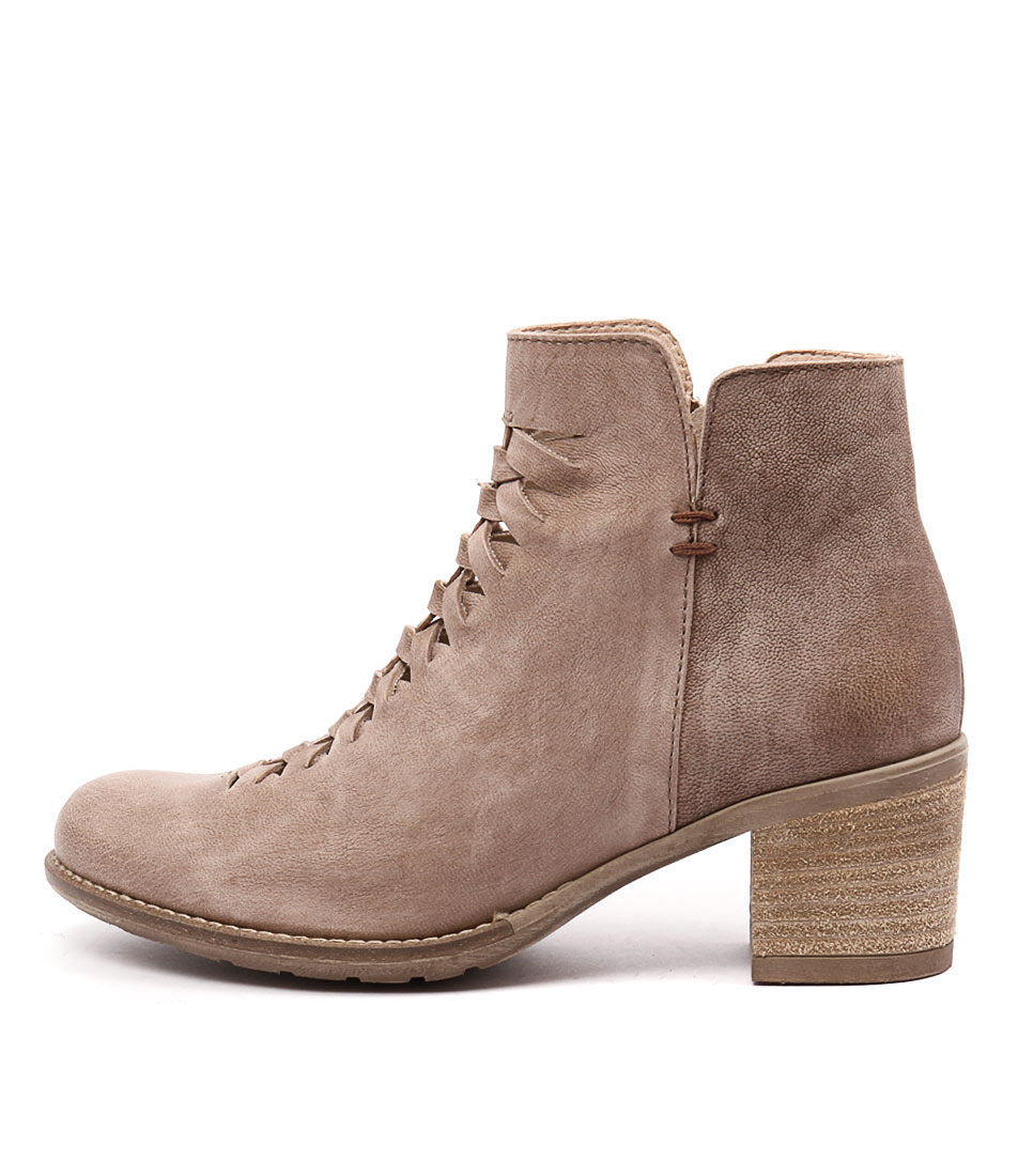 Sofia Cruz Pinto Sc Tobacco Casual Ankle Boots