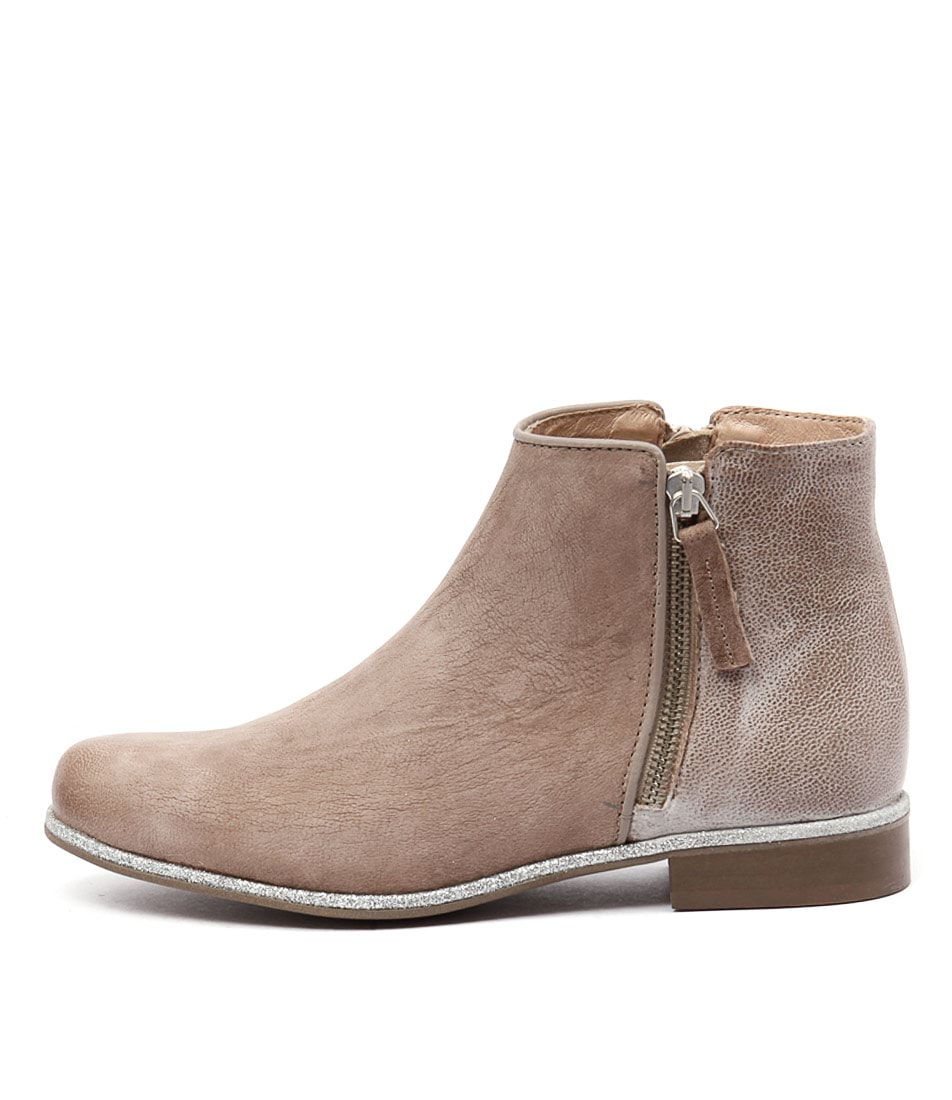 Sofia Cruz Pinessa Tobacco Casual Ankle Boots