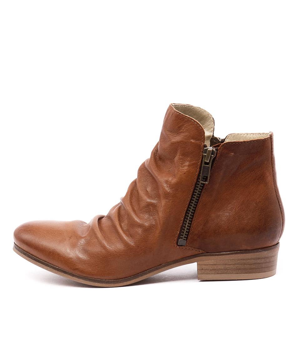 Sofia Cruz Octavia Sc Brown Ankle Boots