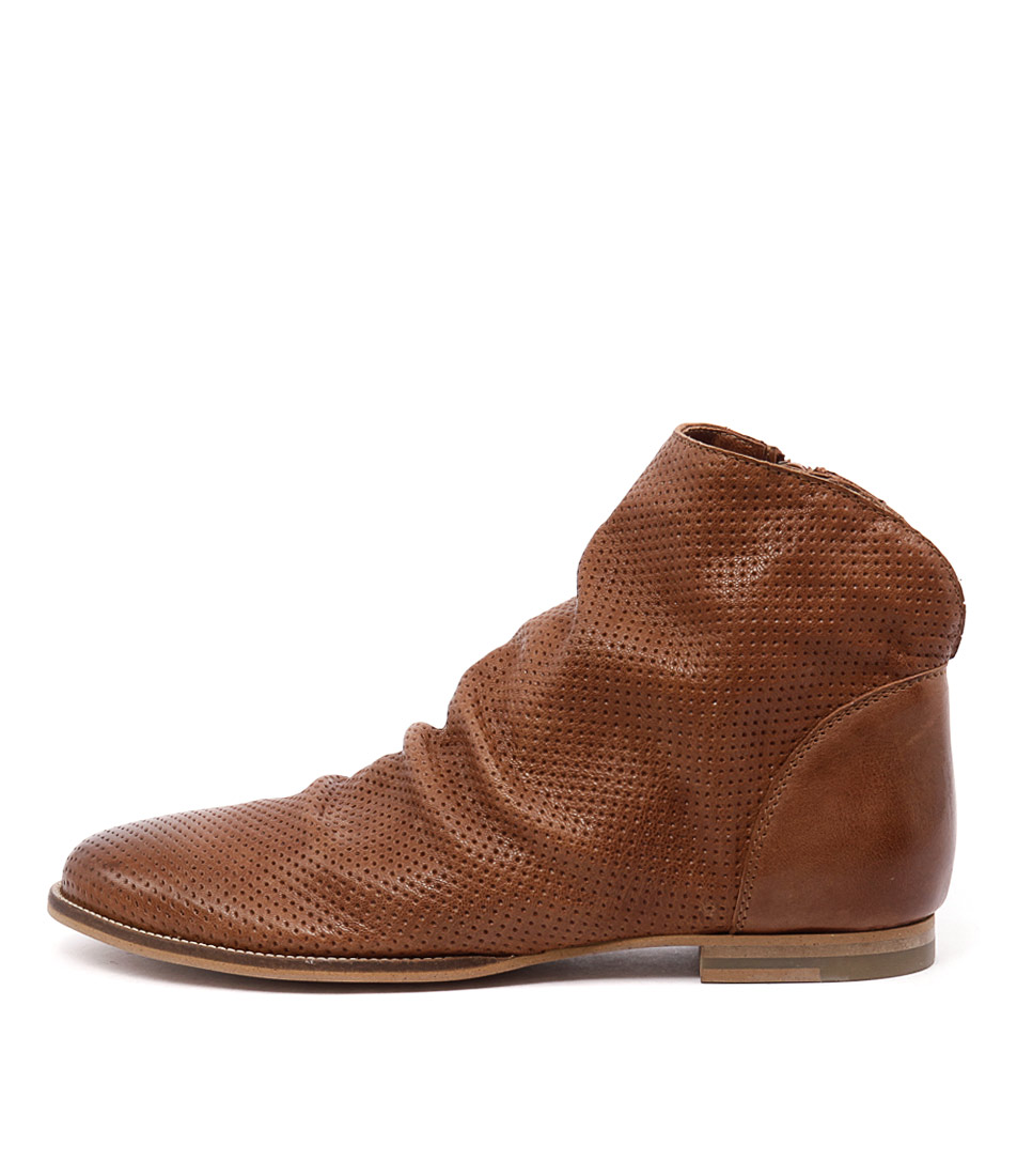 Sofia Cruz Oberon Brown Boots