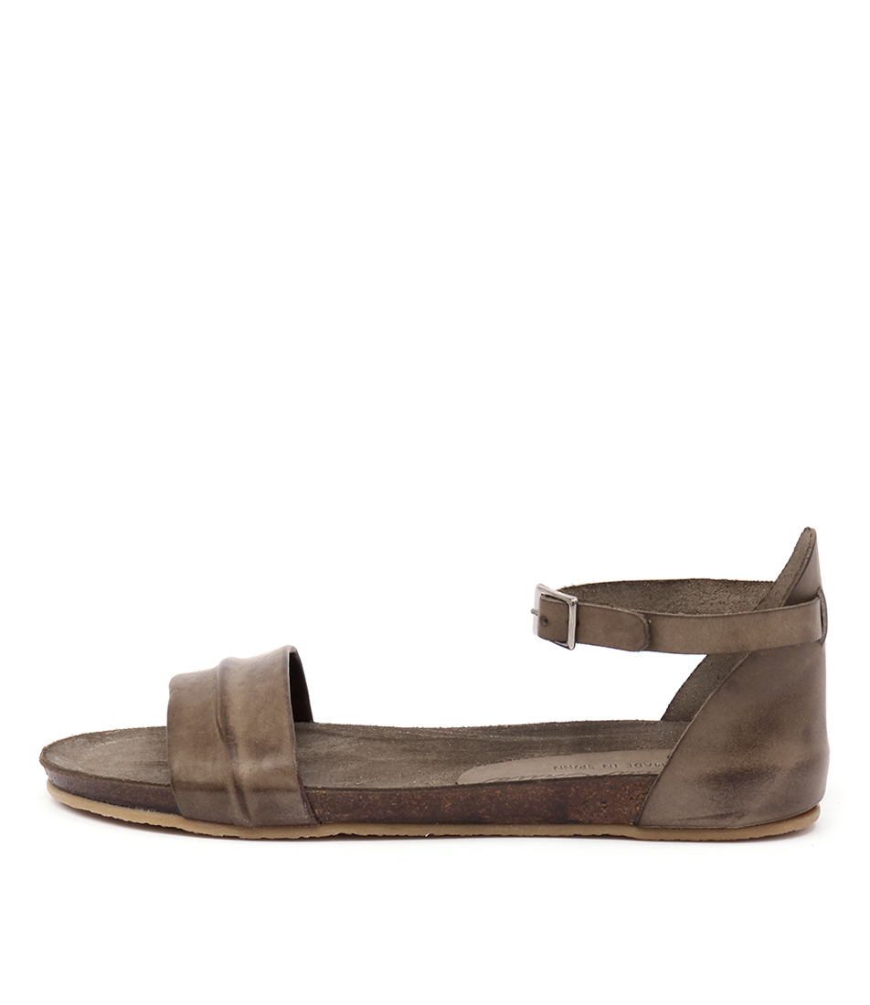 Sofia Cruz Madrid Sc Taupe Sandals