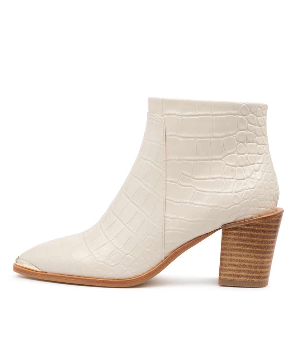 Buy Sol Sana Sammy Boot Ss Ivory Ankle Boots online with free shipping