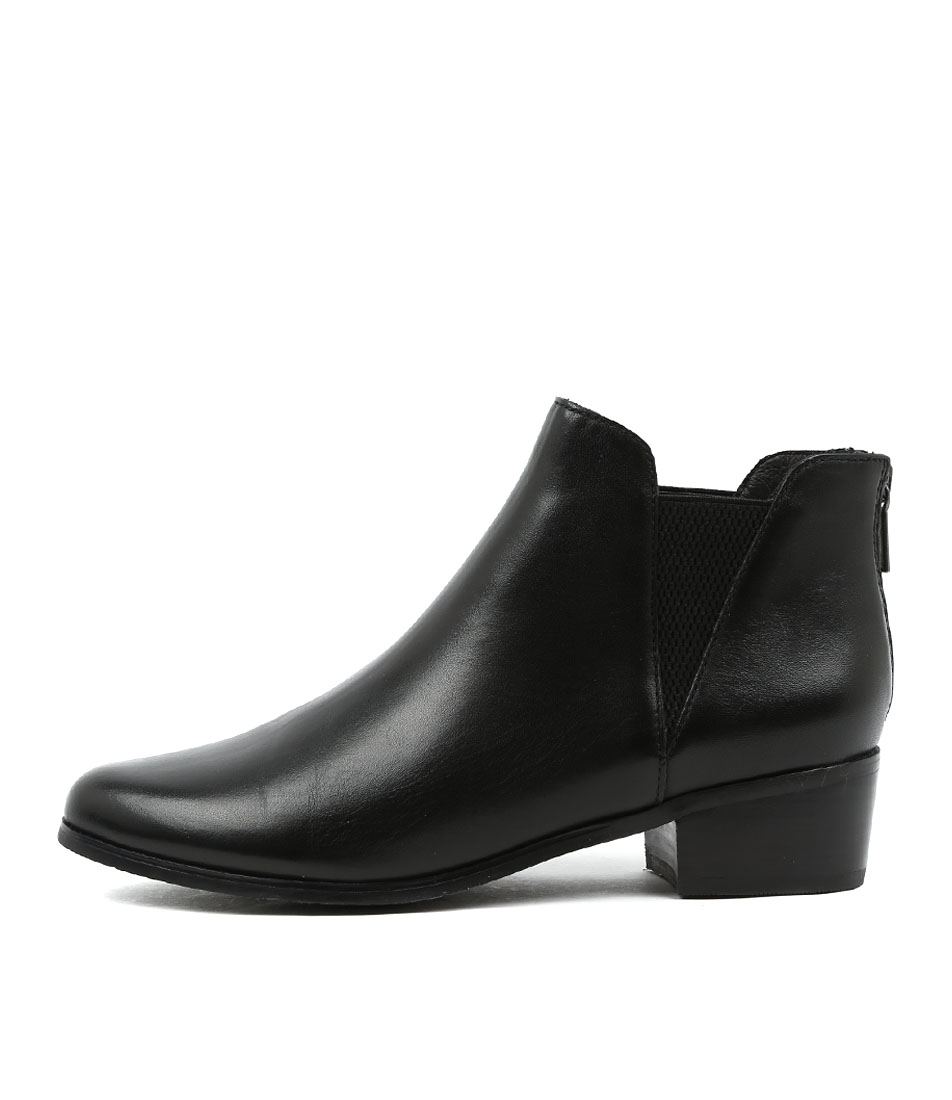 Supersoft Everly Black Ankle Boots