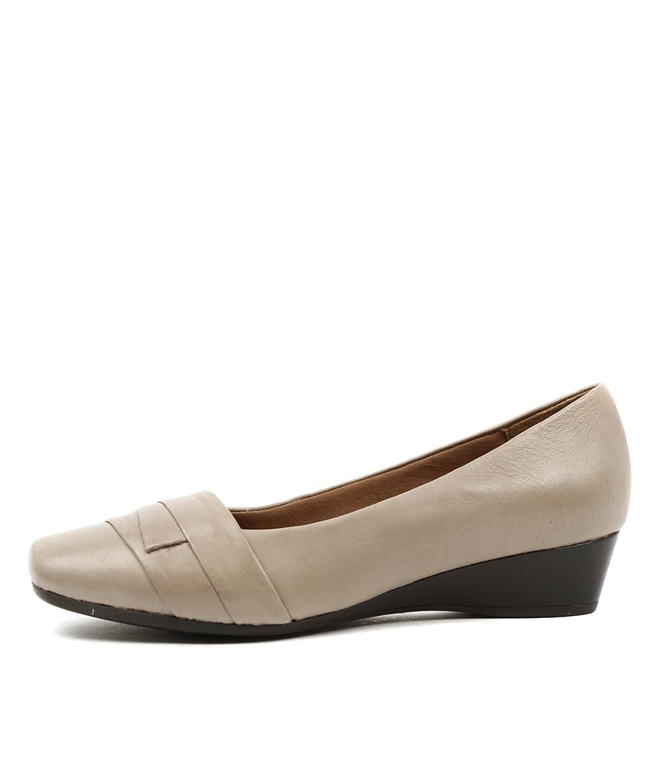 Buy Supersoft Renzo Taupe Flats online with free shipping