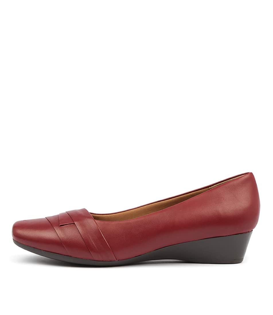 Buy Supersoft Renzo Red Flats online with free shipping