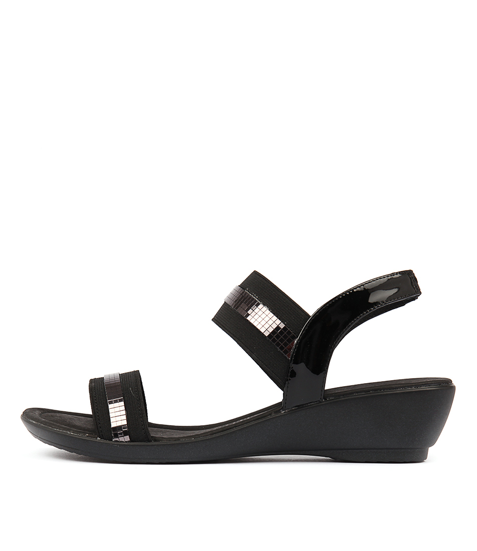 Supersoft Peacock Su Black Heeled Sandals