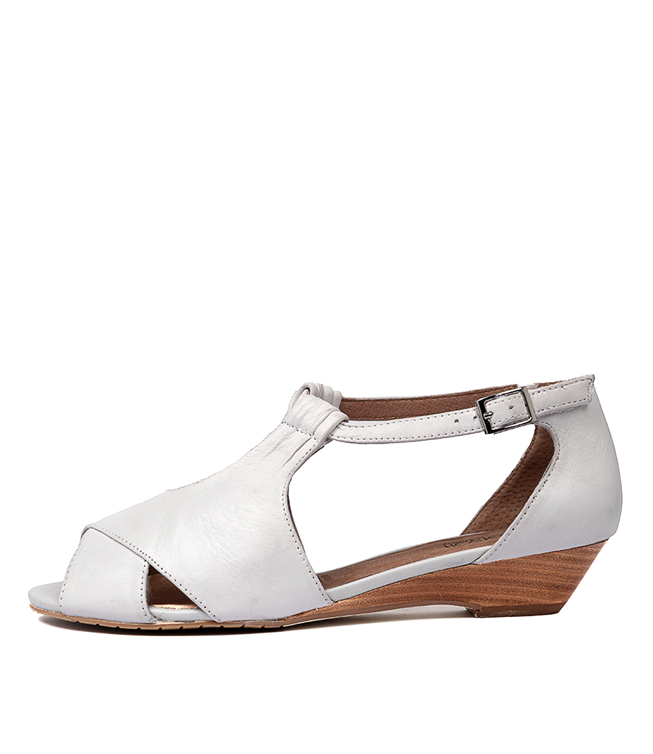 Buy Supersoft Bono2 White Heeled Sandals online with free shipping