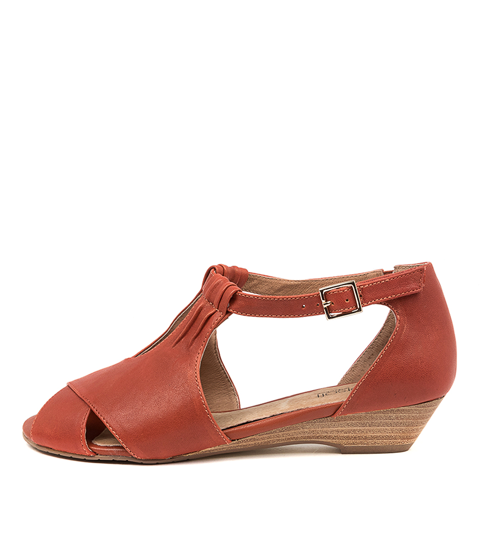 Buy Supersoft Bono Su Redwood Flat Sandals online with free shipping