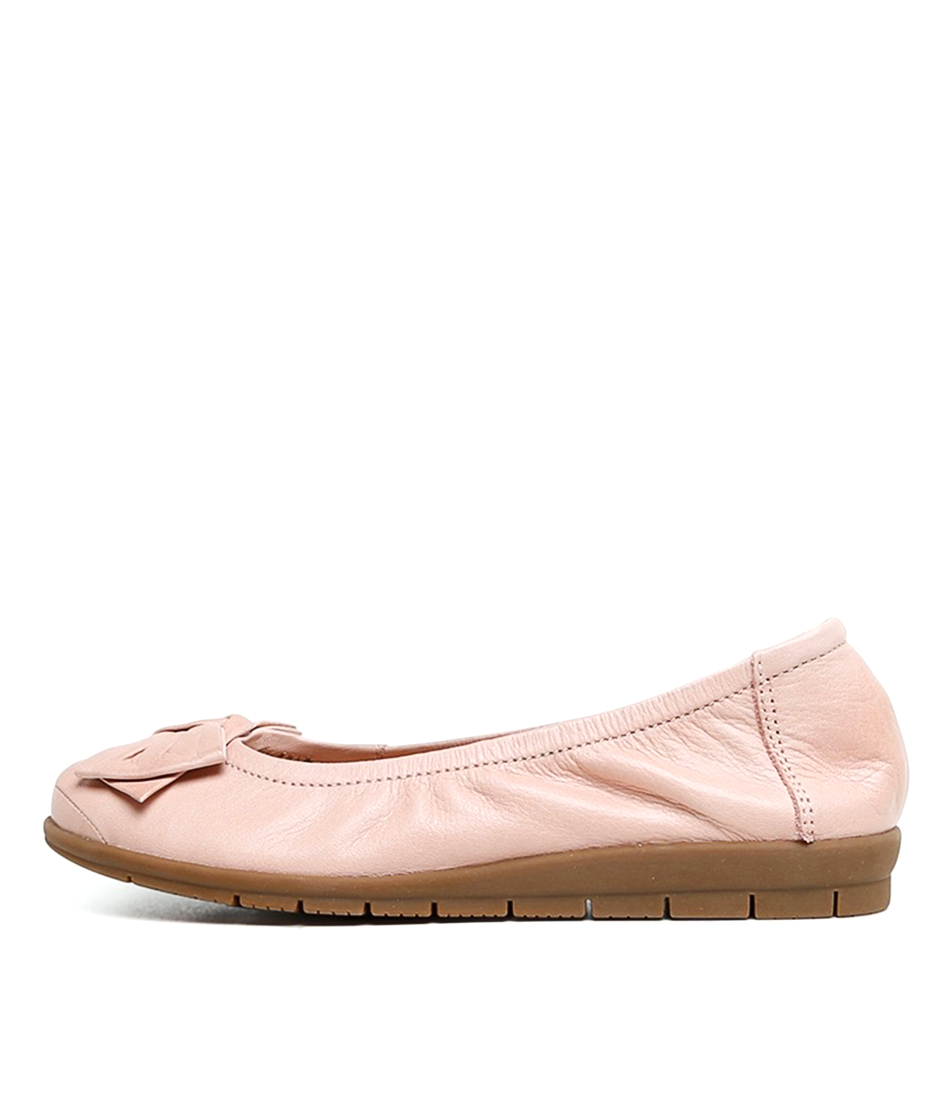 Buy Supersoft Fransisco2 Su Blush Flats online with free shipping