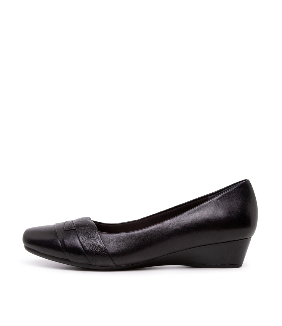 Buy Supersoft Renzo2 Su Black Flats online with free shipping