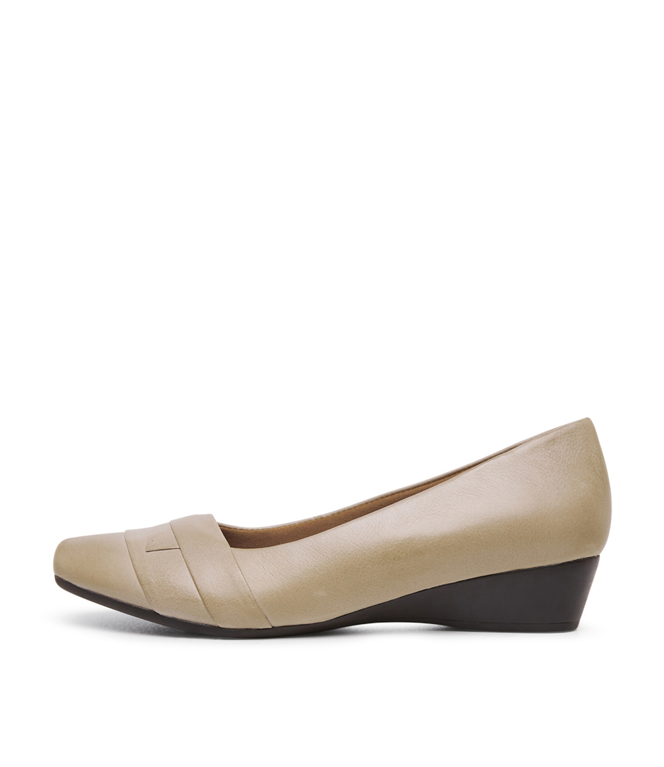 Buy Supersoft Renzo2 Su Stone Flats online with free shipping