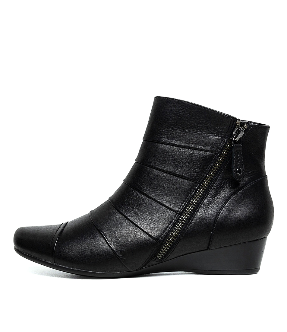 Buy Supersoft Romsey Su Black E Ankle Boots online with free shipping