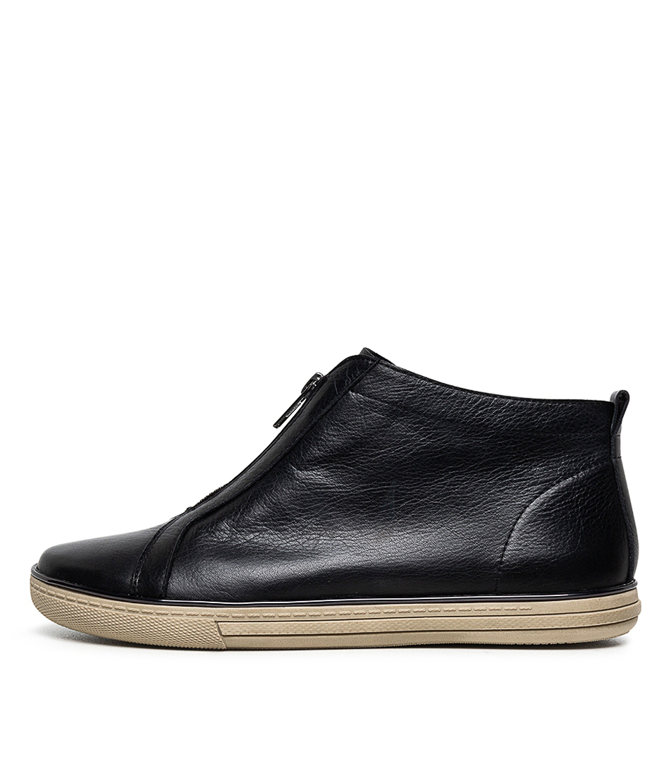 Buy Supersoft Alodia Su Black E Sneakers online with free shipping
