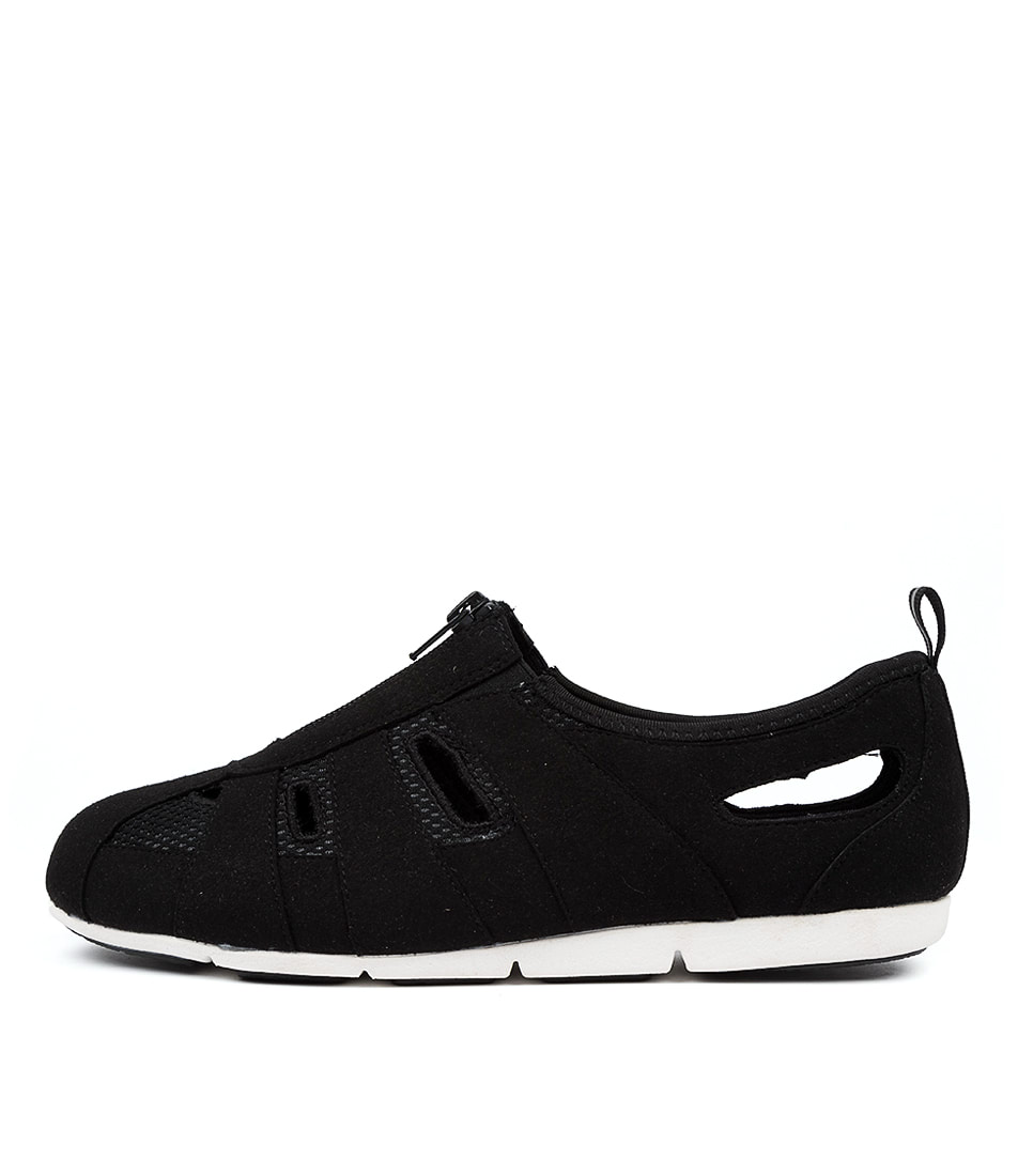 Buy Supersoft Swansea Su Black Sneakers online with free shipping
