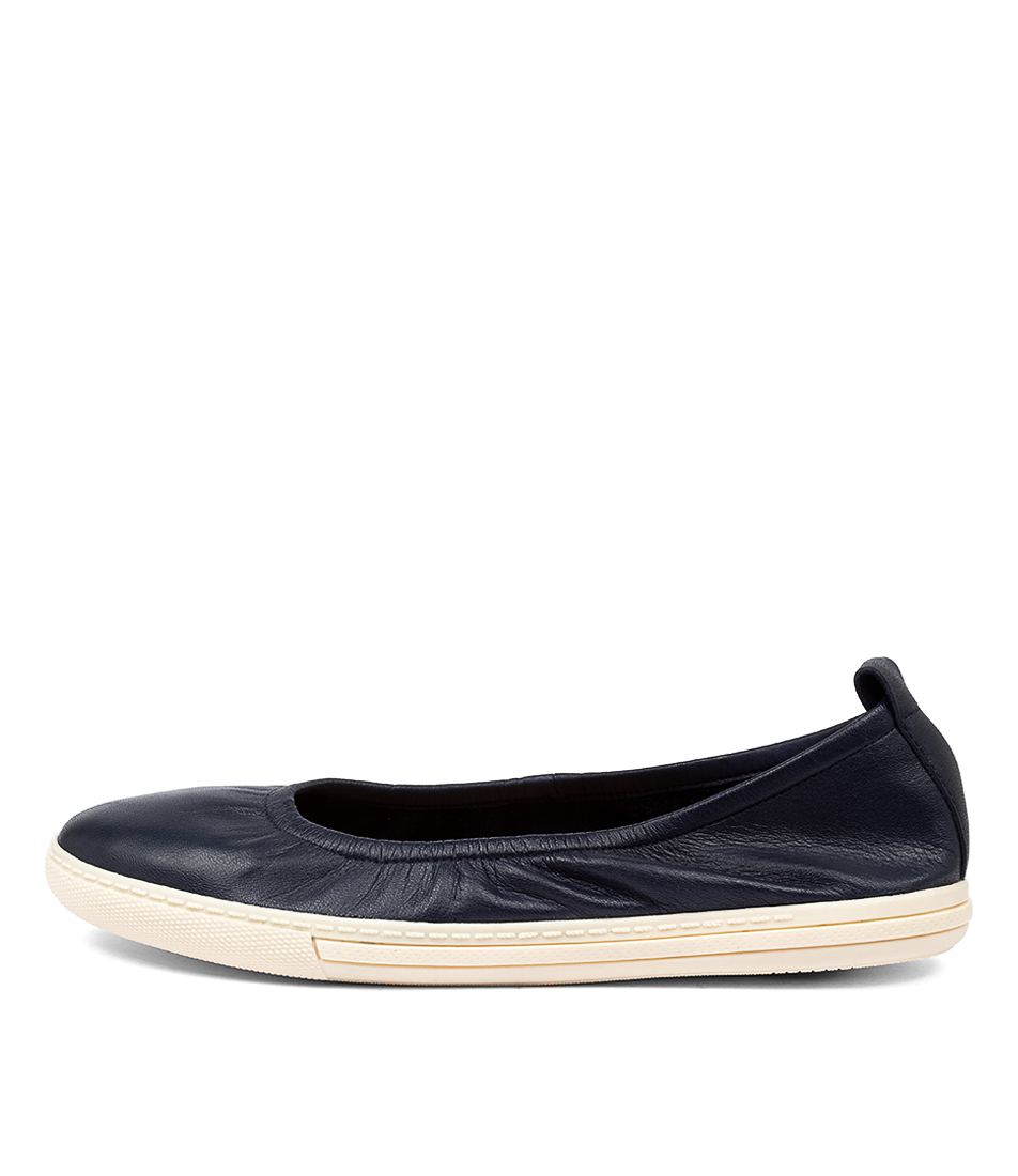 Buy Supersoft Altura Su Navy E Flats online with free shipping