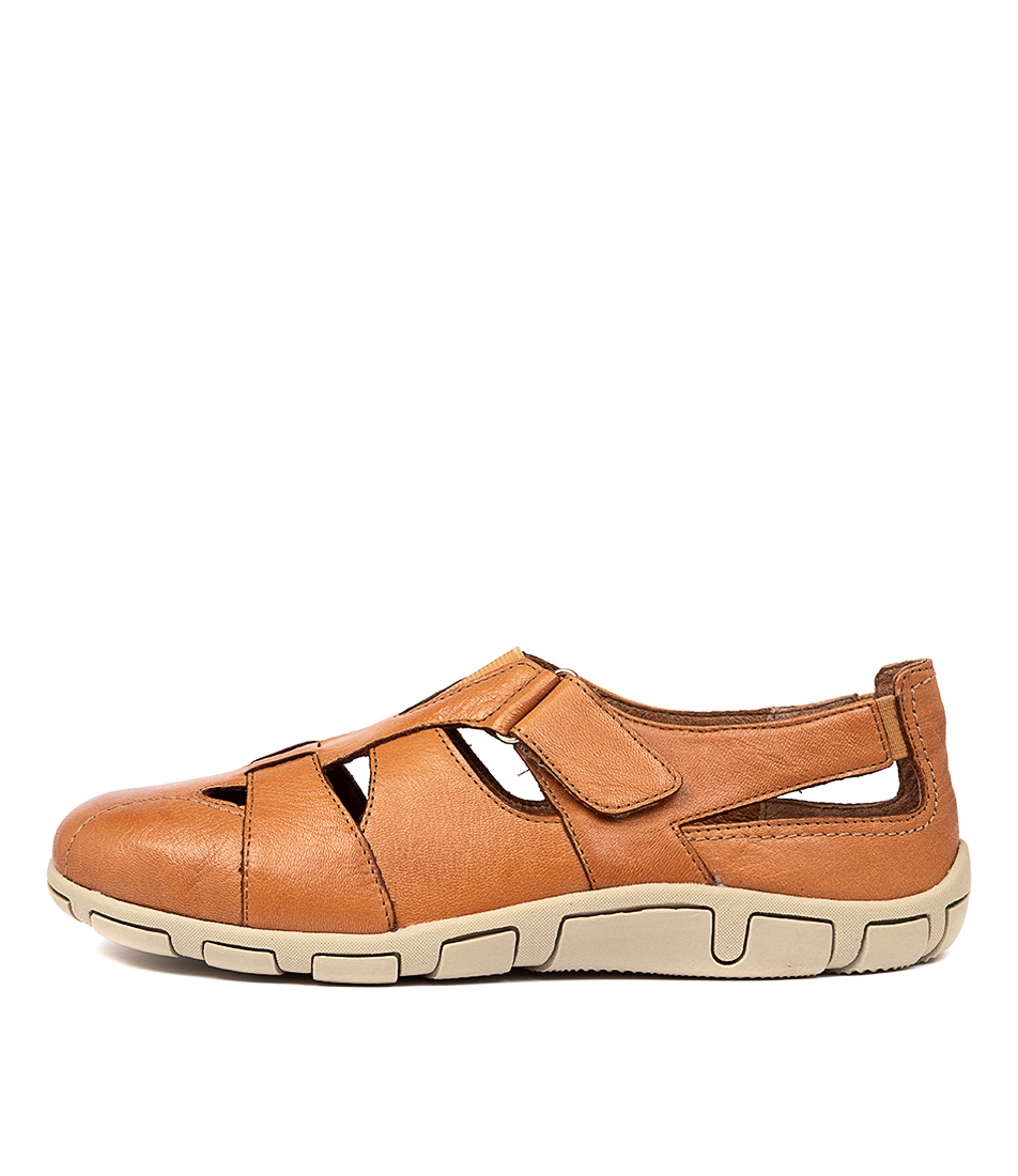 Buy Supersoft Hollister Su Tan E Flats online with free shipping