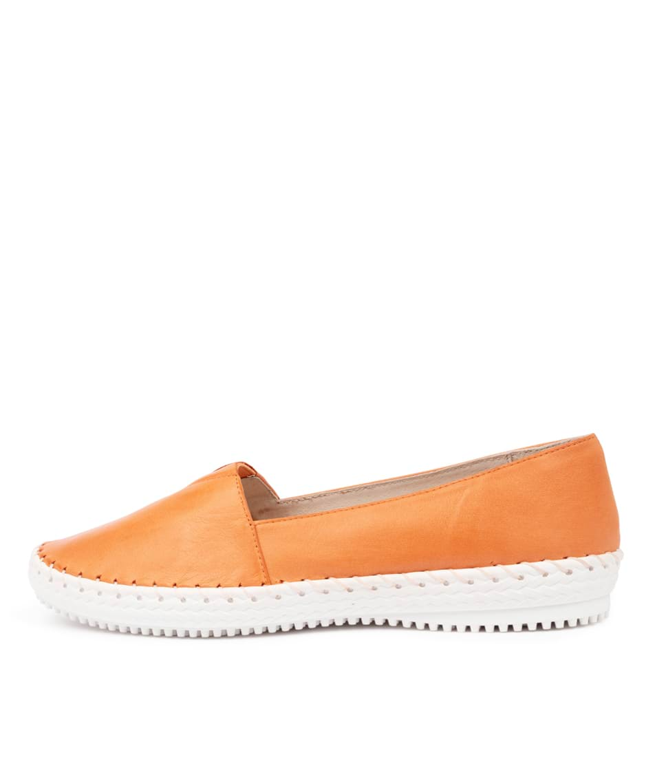 Buy Supersoft Wicker Su Orange E Flats online with free shipping