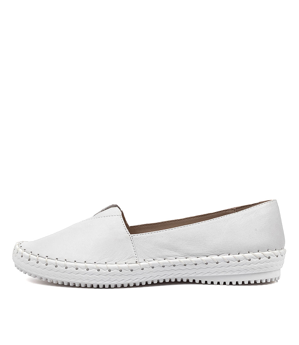 Buy Supersoft Wicker Su White E Flats online with free shipping