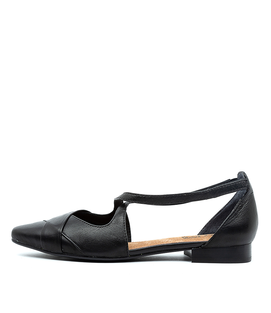 Buy Supersoft Laveda Su Black E Flats online with free shipping