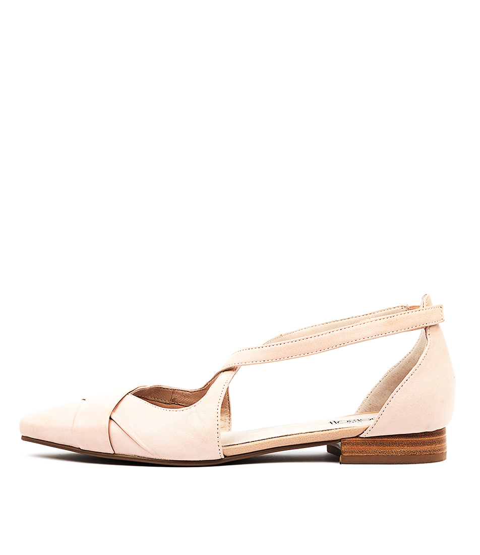 Buy Supersoft Laveda Su Blush E Flats online with free shipping