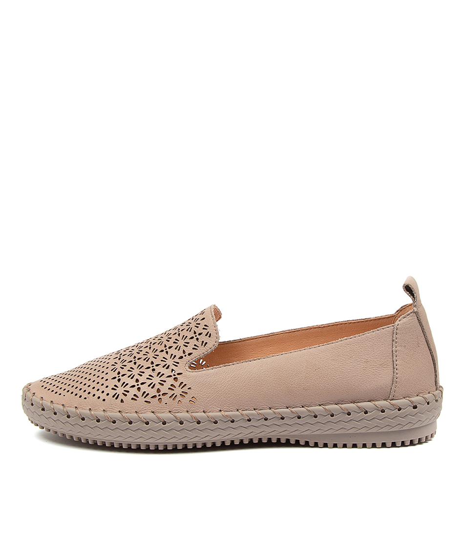 Buy Supersoft Winterberry Su Ash Ash Sole Flats online with free shipping