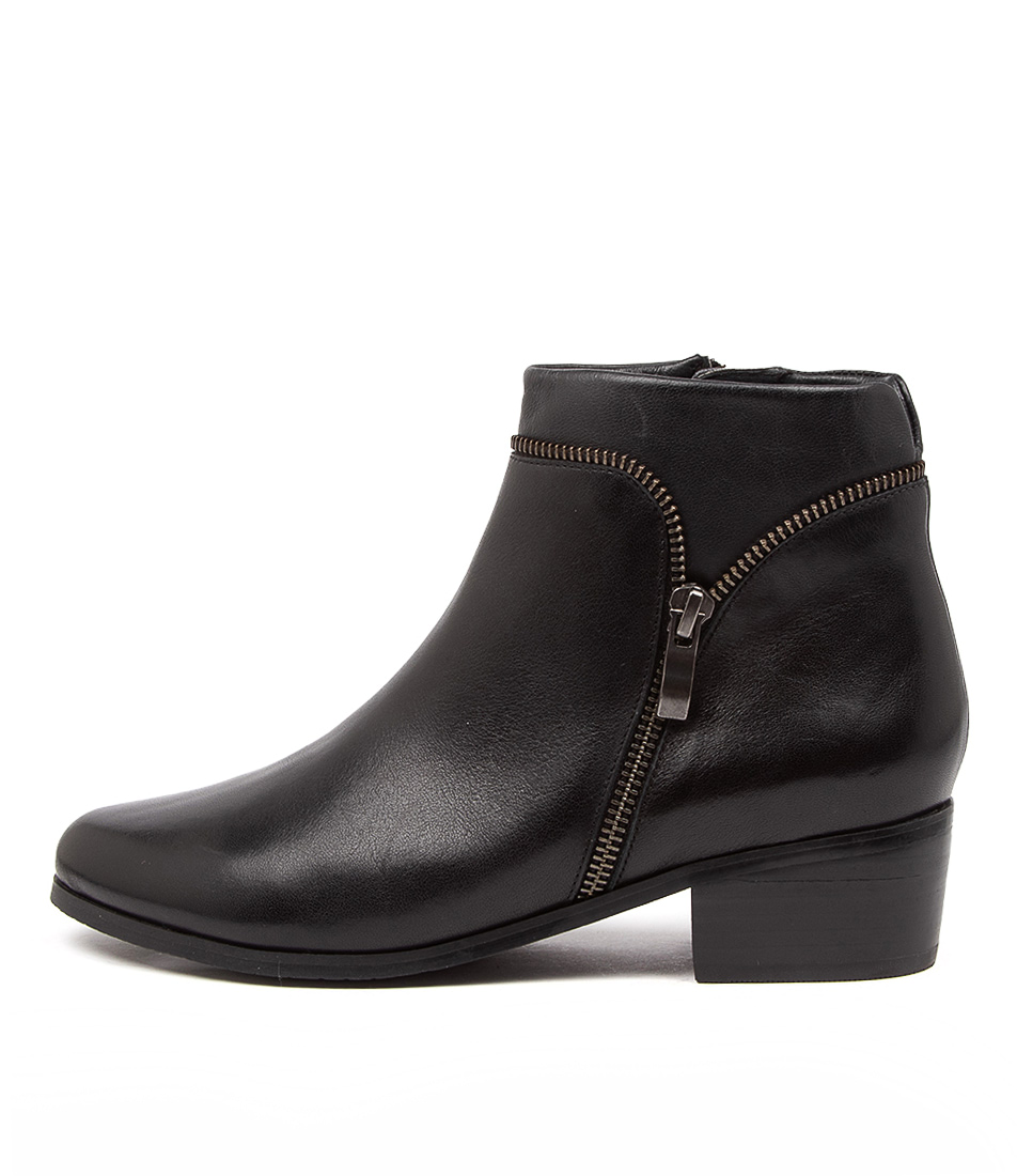Buy Supersoft Evansdale Su Black Ankle Boots online with free shipping