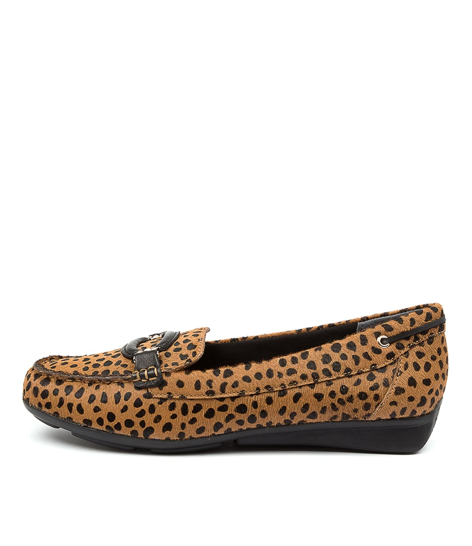 Buy Supersoft Leeto2 Su Tan & Black Spot Flats online with free shipping
