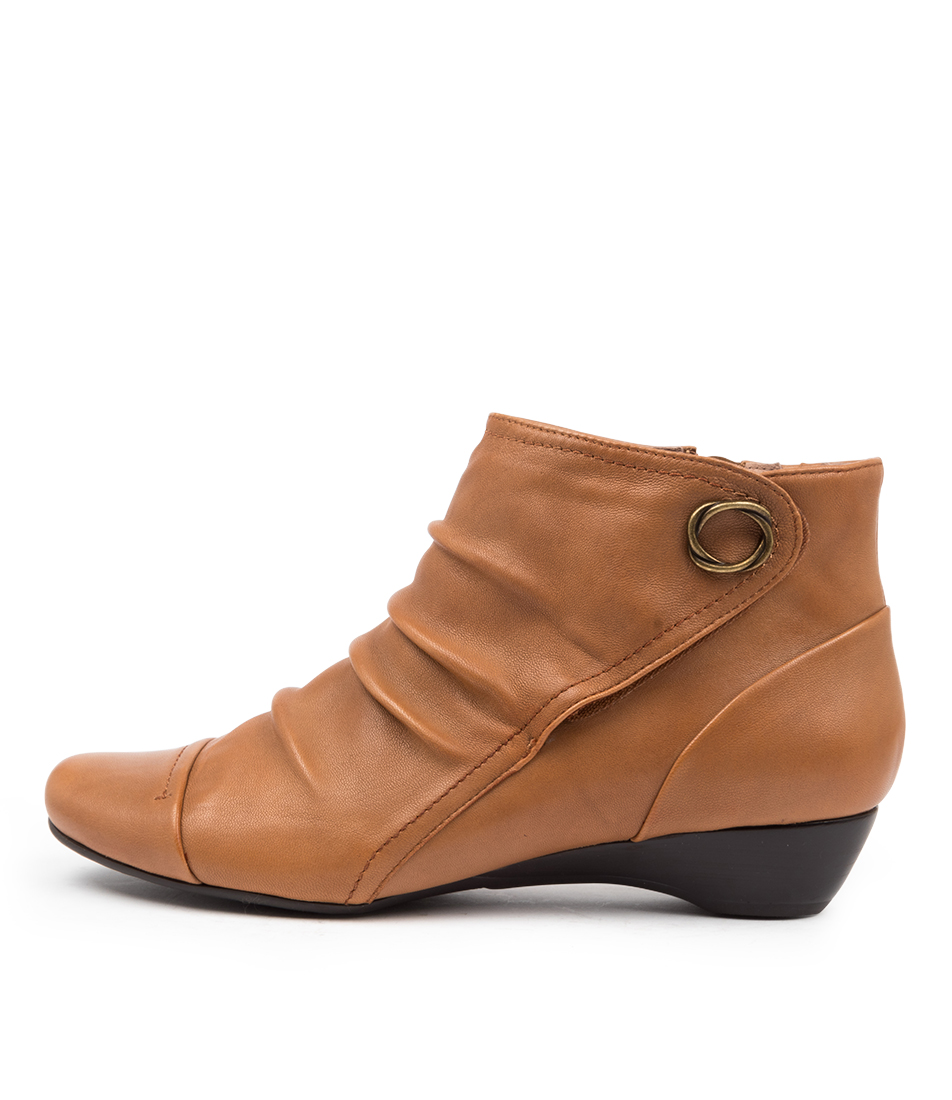Buy Supersoft Dixie Su Mid Tan Ankle Boots online with free shipping