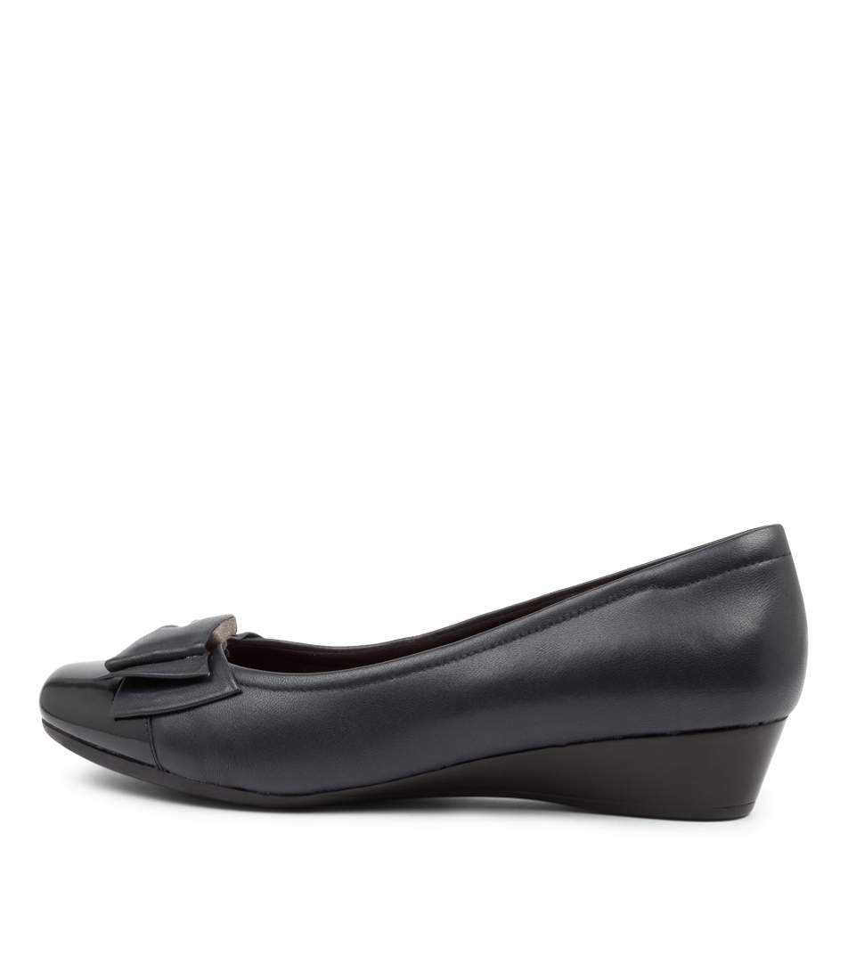 Buy Supersoft Roxxy Su Navy Navy Flats online with free shipping
